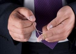man-twists-elastic-band-around-his-finger.jpg.bb3c5ace16f0348f9e6be1b505940894.jpg