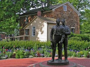 Statue of Joseph Smith and his brother outside Carthage Jail
