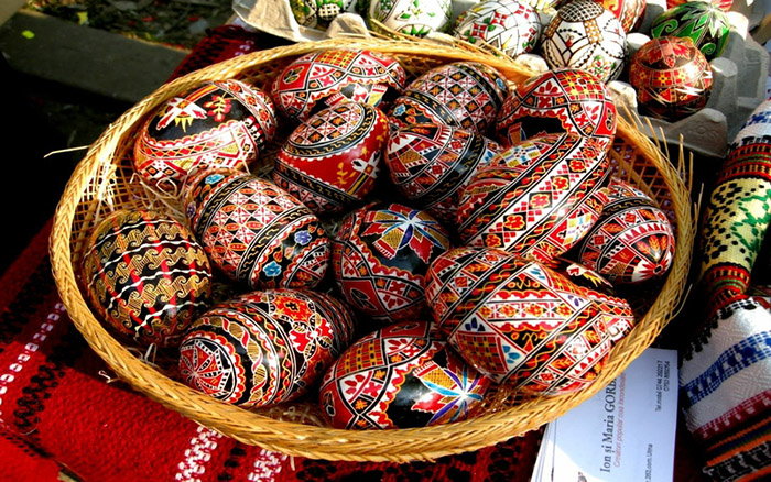 Most beautiful easter eggs from around the world mormon hub romanian easter eggs negle Choice Image