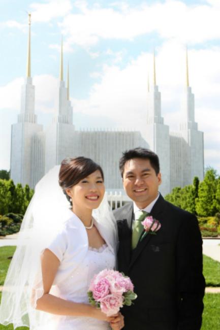 Newly weds Washington DC Temple