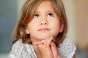 Young Girl prays