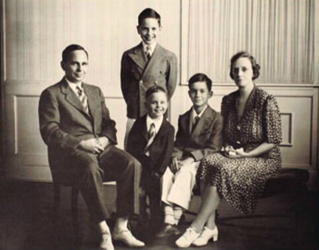Family portrait of Henry B. Eyring, his siblings and parents