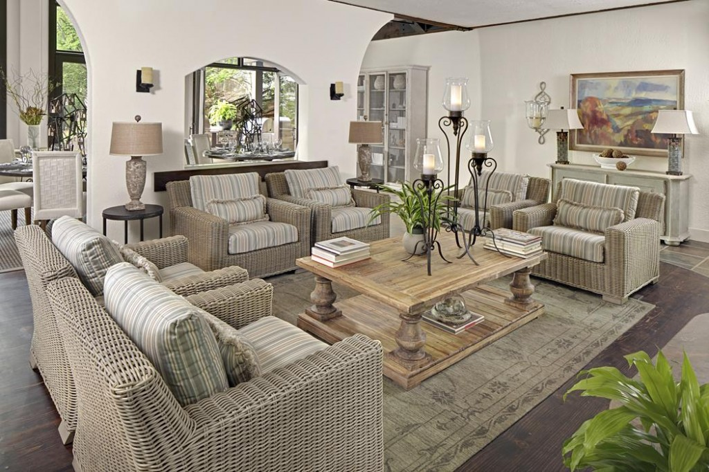Using outdoor indoor furniture to improve your home