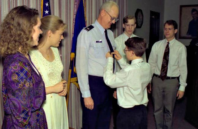 Sam Bateman and children