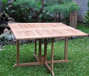 outdoor indoor dining table