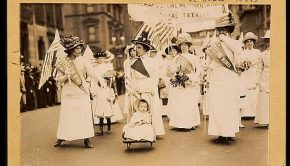 Suffrage parade in New York City