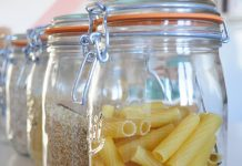 Grain and pasta food storage in glass jars