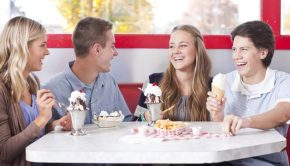 teenagers dating and eating ice cream