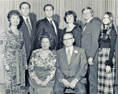 Family portrait of Thomas S. Monson, his siblings and parents