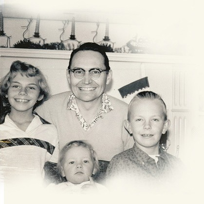 L Tom Perry with his children