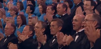 Mormon Tabernacle Choir Clapping