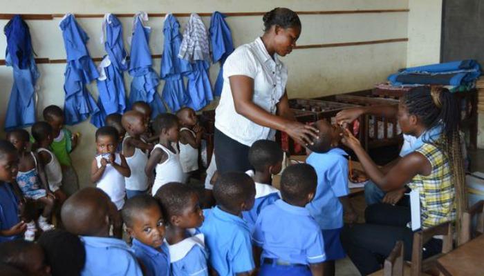 Ghana Children kick Polio