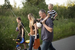 family-fishing-1018355-gallery