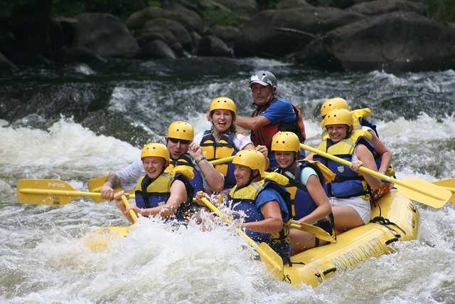 BYUI students white water rafting