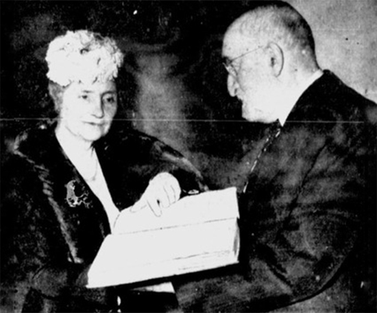 Helen Keller receives Book of Mormon