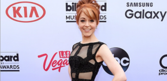 Lindsey Stirling in her Billboard Music Awards Dress