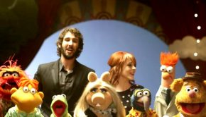 Lindsey Stirling, Josh Groban and the Muppets