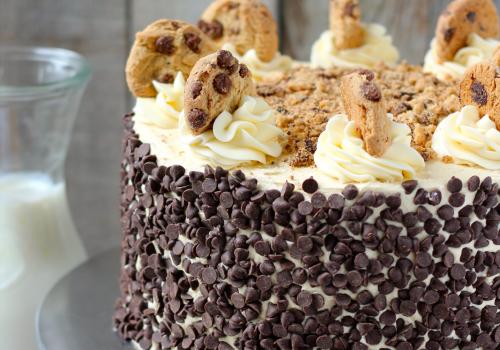Aaronic Priesthood birthday cake with cookies
