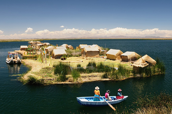 Peru floating Uros islands on the Titicaca lake. Image courtesy of Thoughts and Family History Stories by Pal and Wayne.