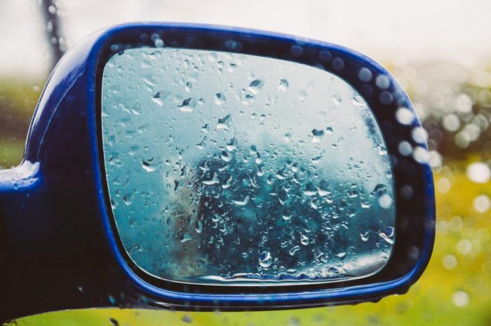 Scripture messages help raising teenagers at car wash