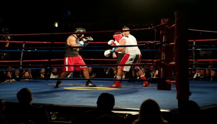 De La Hoya vs Mario Lopez charityvision