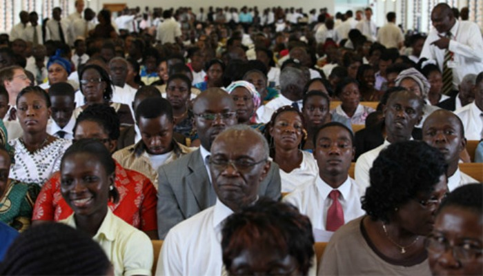 17-Holland-Africa-Congregation-480.jpg