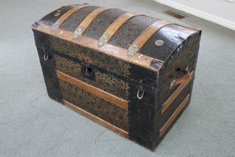 Trunk brought from England by Sarah Keep in 1866