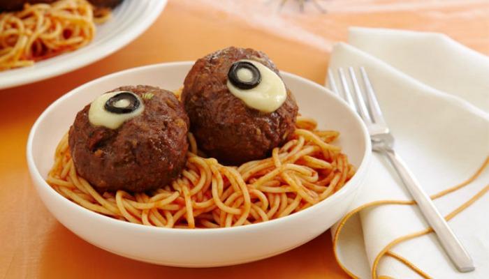 spaghetti-oozing-eyeballs-114097-642x428