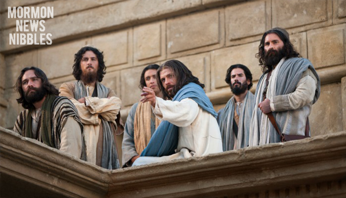 Christ with His apostles