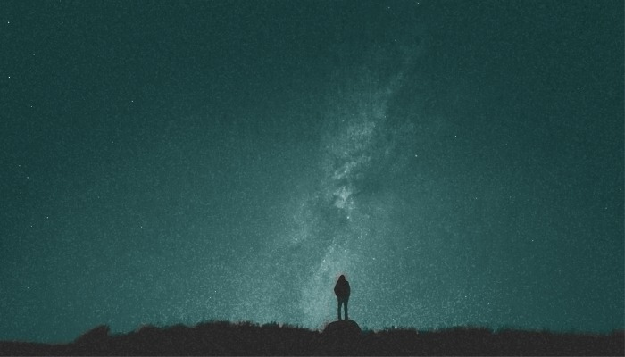 girl and milky way