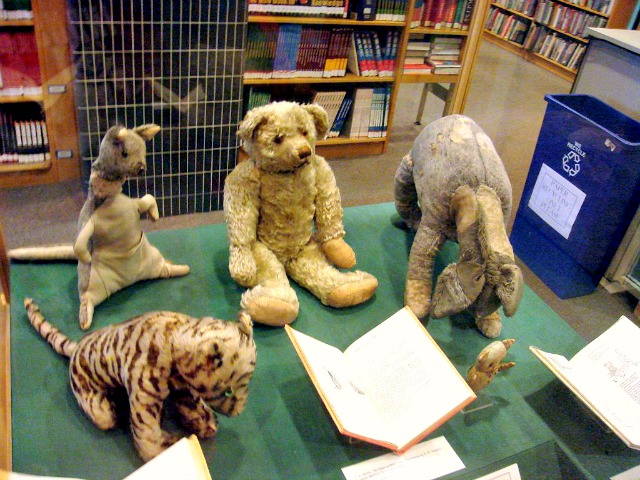Original Winnie the Pooh bear and his friends