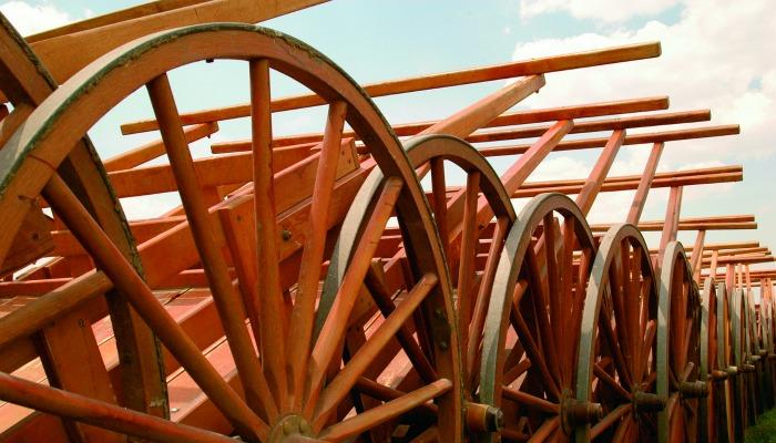 Pioneer handcarts lined up