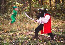 dramatization of Captain Hook fighting Peter Pan