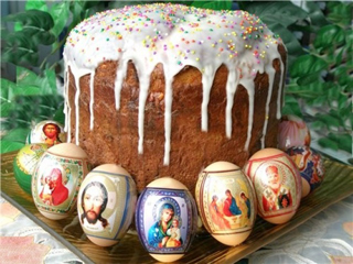 kulich bread with Russian eggs