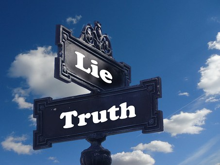 truth and lie sign
