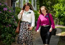 LDS women missionaries