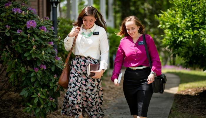 LDS women missionaries