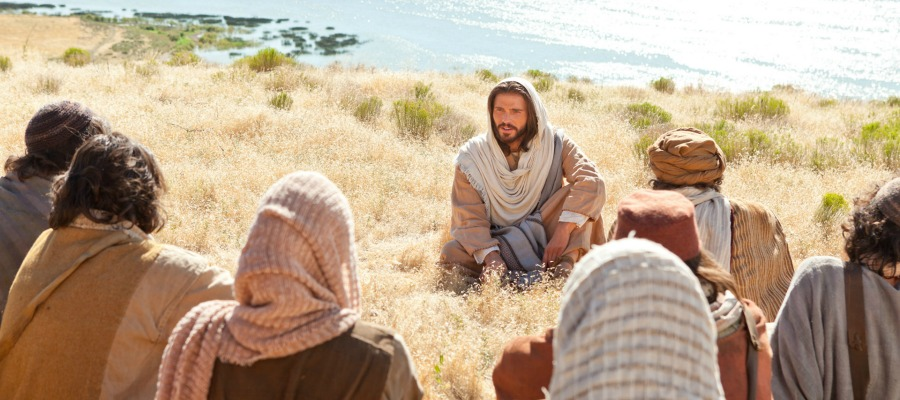 Jesus Christ teaching on the Mount of Olives