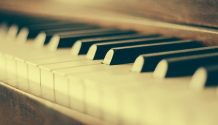 Piano artists who create songs about Christ
