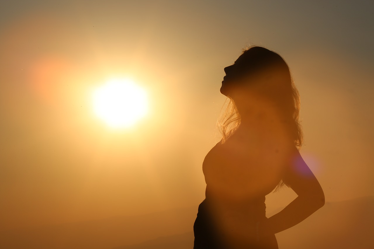 body sun happy