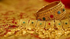 gold jewelry ancient